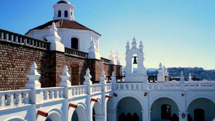 sucre, solo travel in bolivia