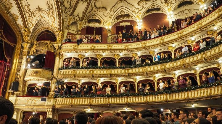 opera, romania, choosing a travel destination